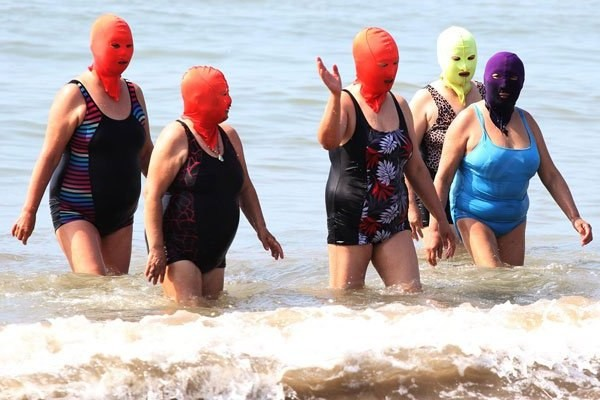 La moda del facekini en China